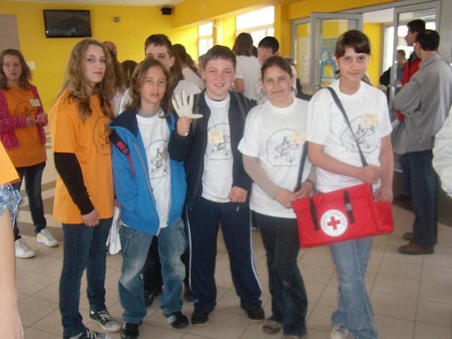 Labinjani šesti na međužupanijskom natjecanju mladeži Crvenog križa održanom u Karlovcu
