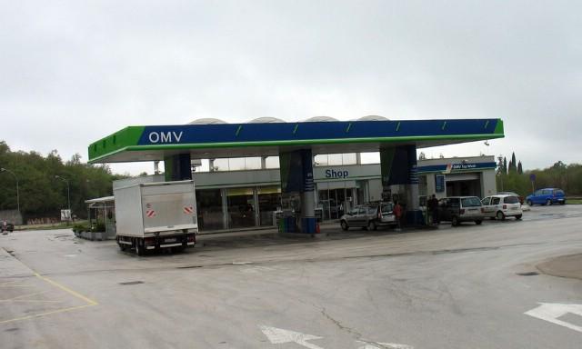 Razbojstvo u Labinu: Naoružan opljačkao benzinsku u Dubrovi