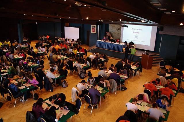 Labinski srednjoškolci 16. na Festivalu matematike 2010 u Puli
