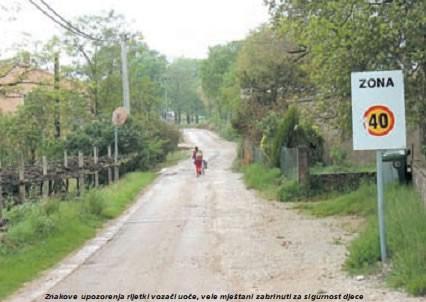 Već godinu dana raskopano pola kilometara ceste u Vrećarima - Po kiši blato, po suncu prašina