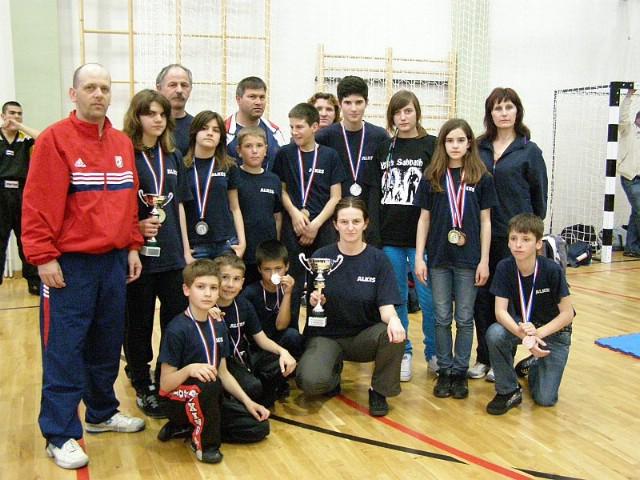 Slunj: Višnja Faraguna osvojila Hrvatski kickboxing kup