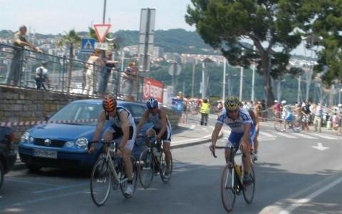 """Triatlon klub""""Albone Extreme"""" na otvorenom prvenstvu u triatlonu osvojili pokal Istre"""