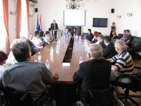 Svečano uručenje ugovora o sufinanciranju Projekta rješavanja pristupačnosti objektima za osobe s invaliditetom