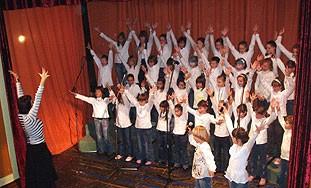 Božićni koncert u Malom kazalištu u izvedbi najmlađih