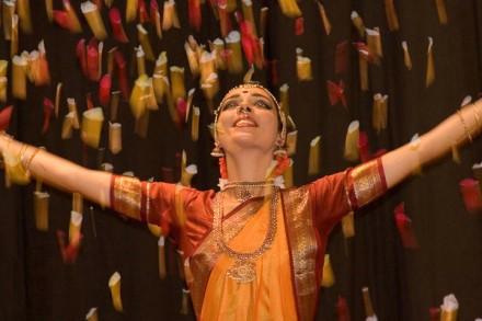 Bharatanatyam predstava i radionica indijskog plesa  u Labinu