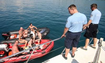 Pomorska policija nadzire i Raški zaljev