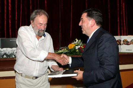 Promovirana monografija kipara Mate Čvrljka