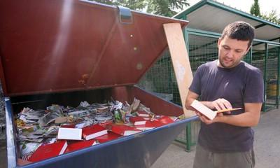 Labin: Kustos spašavao klasike iz smeća