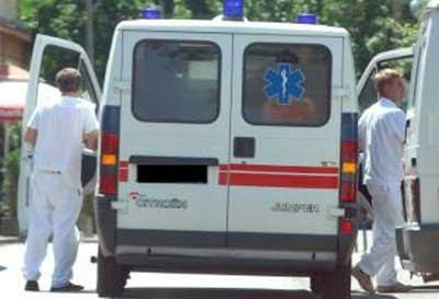 Pijani Labinjan (26) udario u bicikliste i bacio ih na kameni nasip, ženi slomljena kralježnica