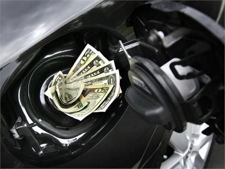 Labin treći u Istri po potrošnji goriva - sa šest službenih automobila i godišnjeg troška od 65.500 kuna