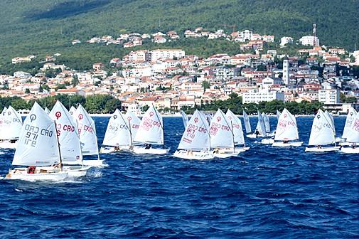 Mladi jedriličari JK Kvarner sudjelovali na Prvenstvu Hrvatske u klasi `Optimist` do 12 godina u Crikvenici