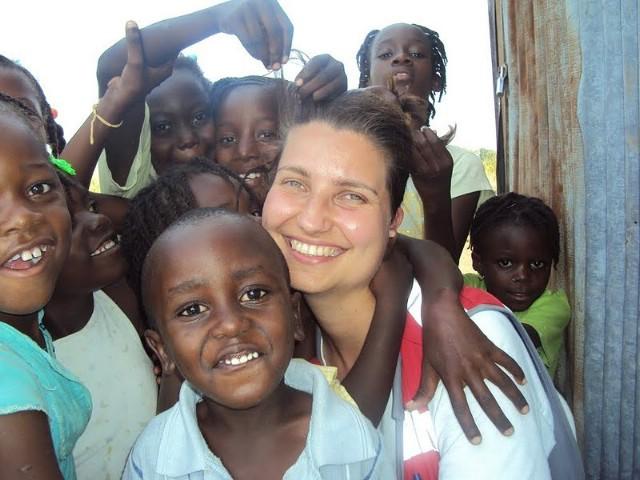 Sanja Faraguna u Africi kao trener sudanskih volontera Crvenog križa