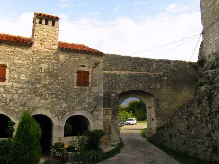 Objavljena ponovna javna rasprava za Stari grad Kršan