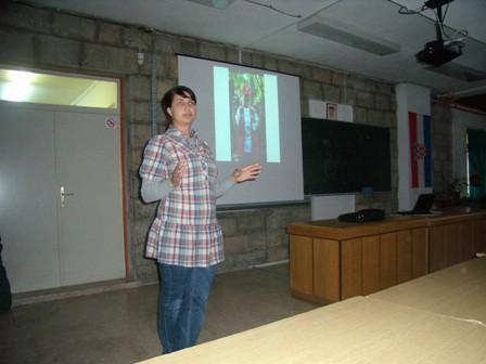 Sanja Faraguna održala Predavanje o volonterskom radu u labinskoj srednjoj školi