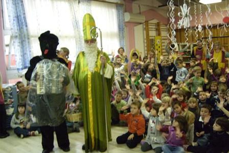 Sveti Nikola posjetio mališane