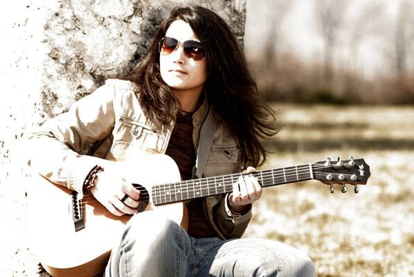 Labinska kantautorica snimila božićni singl s nizozemskim gitaristom Larsom de Rijckom (VIDEO)