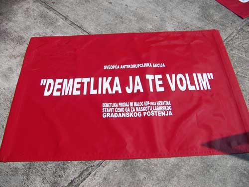 Reagiranje Adriana Kiršića na objavu teksta `Demetlika tuži Kiršića za uvredu i klevetu`