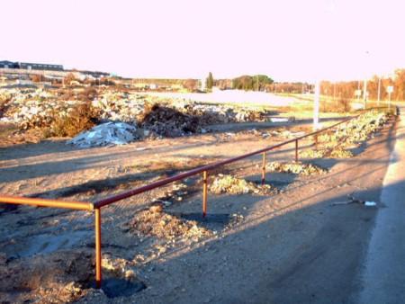 Ograđena deponija građevinskog otpada na Vinežu