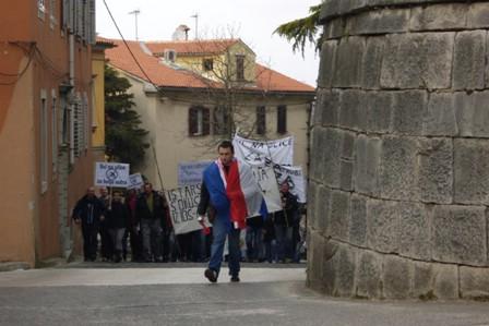 Novi prosvjed protiv političkih stranaka i Vlade  sutra (subota) u 18:00 sati