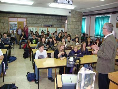 Fizika ekspres u labinskoj srednjoj školi povodom Dana planeta Zemlje