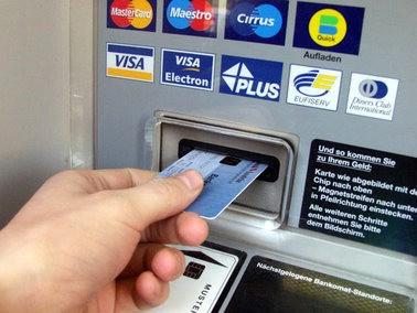 Labin: Otuđivao novčanike i `dizao` novac na bankomatima