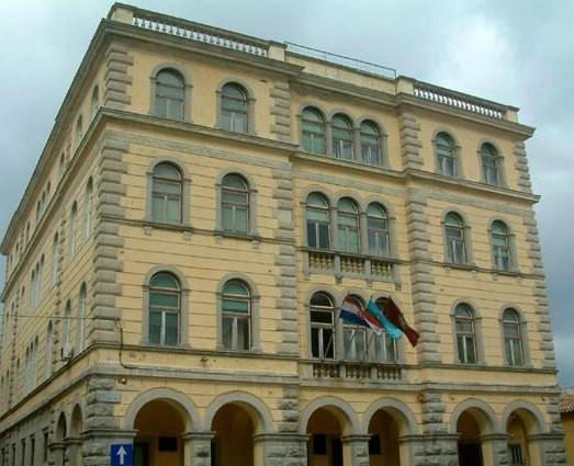 Javni poziv: Grad Labin traži 5 volontera vježbenika