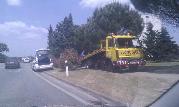 Labin: Ukradenim autom izazvao prometnu nesreću pa pobjegao