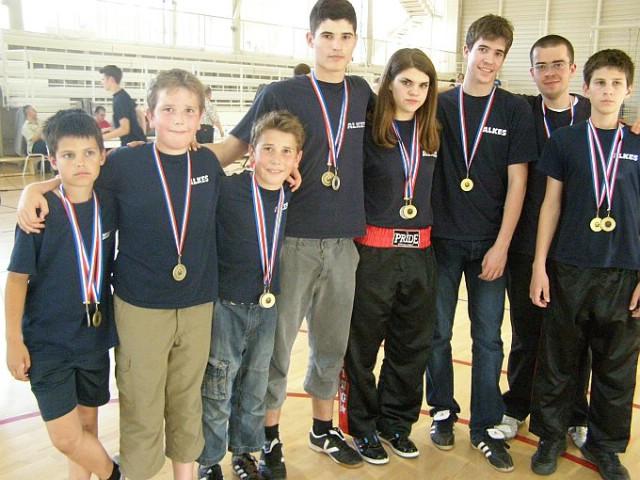 """Na međunarodnom kickboxing  natjecanju  """"Alpe-Adria Kup održanom u Puli Labinjanima 14 odličja - Marinu Faraguni dvostruko zlato"""