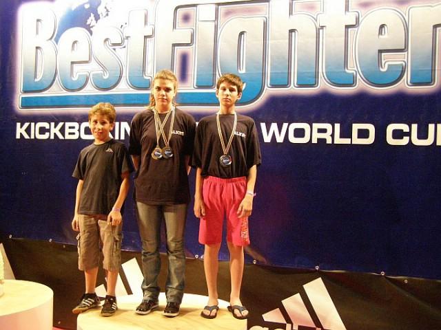 Na Svjetskom kupu Bestfighter 2011. u Riminiju Labinjani osvojili 3 odličja. Marino Faraguna viceprvak