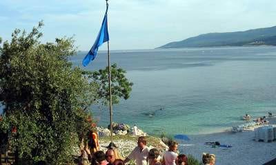 Plava zastava u Rapcu: Simbol čistog mora na Girandelli