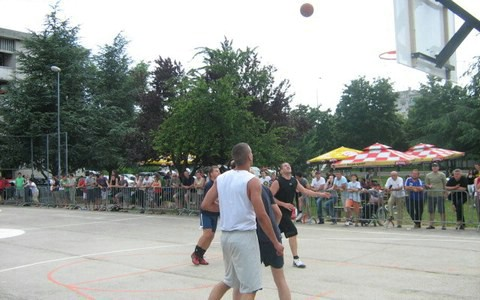 Streetball 2011 - Manje ekipa, kvalitenija košarka, Robert Dundara obranio prošlogodišnji naslov