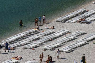 Stariji muškarac preminuo na plaži u Rapcu