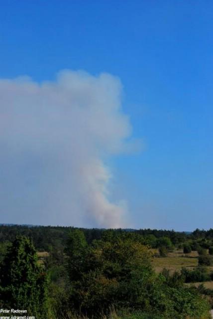 Veliki požar kod Savičente vidljiv i iz Labina