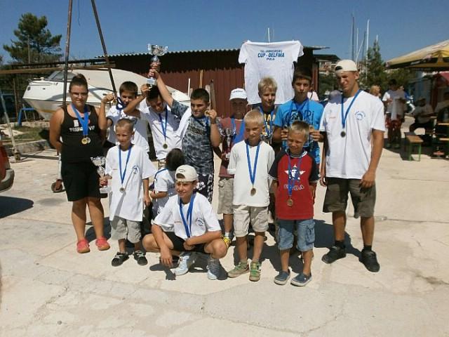 Labinjani uspješni na 12.Juniorskom KUP-u Delfina