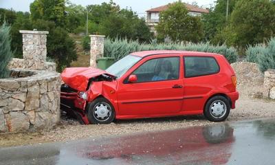 Labin: Izletjela u zavoju - lakše ozlijeđena vozačica