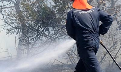 Letaj/Kršan: U dvorištu palio otpad, pa zapalio garažu