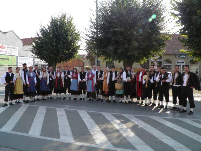 """Kud """"Ivan Fonović Zlatela"""" Kršan na 46. Državnoj smotri izvornog hrvatskog Vinkovačke jeseni"""
