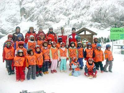 Dvadeset Labinjana naučilo skijati
