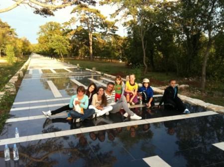 Učenici i žene treće životne dobi obilježili Međunarodni dan pješačenja
