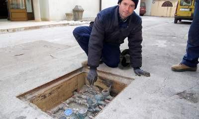U Labinu zbog hladnoće pucali vodomjeri - upozorenje korisnicima / Labin konstatno među najhladnijima u Istri