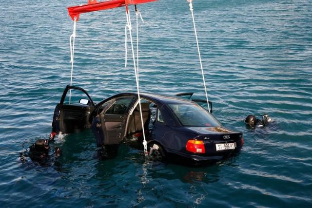 Poziv na prezentaciju vježbe izvlačenja vozila iz mora u Rapcu