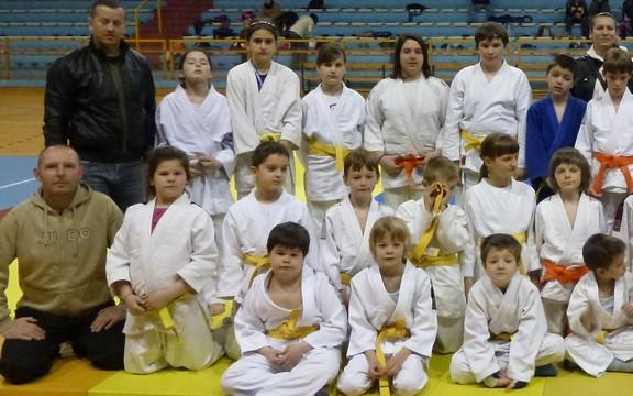 Dvoje Labinjana zlatni na Međužupanijskom judo kupu Ippon Rijeka 2012.