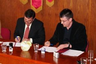 """Grad Labin i tvrtka """"Apolonia"""" potpisali Sporazum o zajedničkoj suradnji na projektu """"Zaštita zubi u Gradu Labinu"""""""