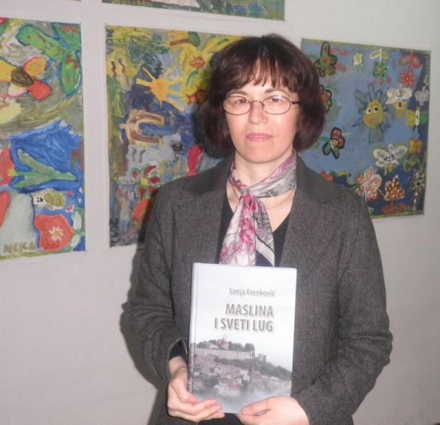 Sanja Franković predstavila svoju knjigu `Maslina i sveti lug`