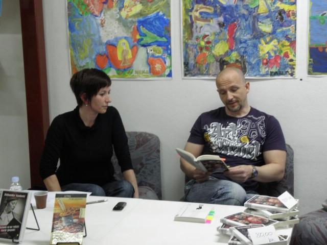 Aleksandar Stanković iskreno i otvoreno `Nedjeljom u 2` preselio u labinsku Gradsku knjižnicu  `Srijedu u 18:30`