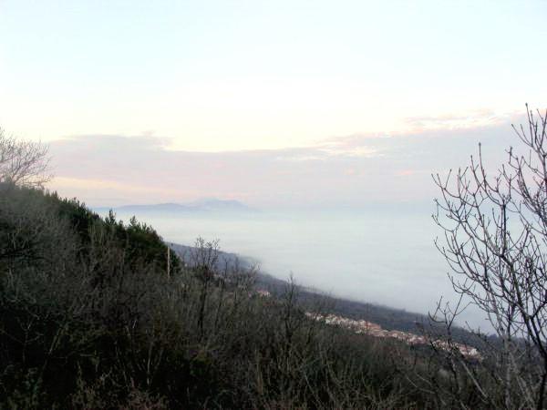 Priobalje jučer u gustoj magli