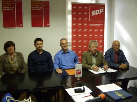 SDP-ovi nositelji lista za članove vijeća mjesnih odbora u Labinu upozoravaju na nedostatak komunikacije između grada i mjesnih odbora