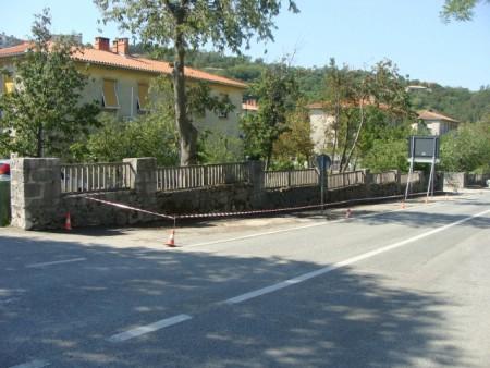 Sanacija nogostupa ispred naselja Vilete