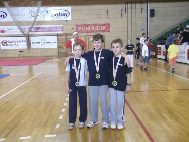 Na međunarodnom kupu `Karlovac open` Labinjanima 13 odličja / Toni Hrelja najbolji dječak