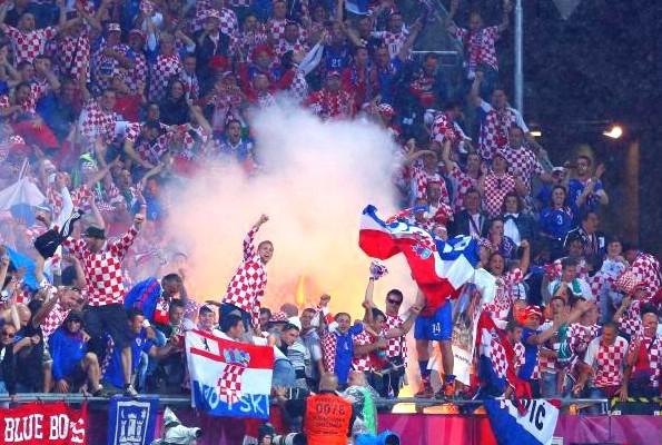 Pojačan policijski nadzor organiziranog gledanja nogometnih utakmica hrvatske reprezentacije